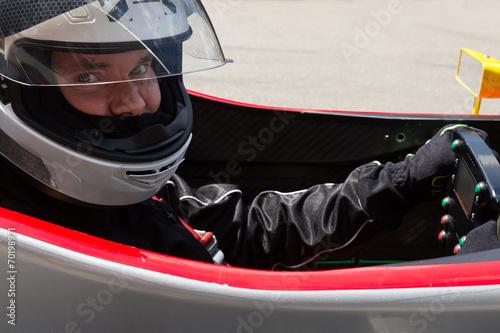 Foto op Aluminium F1 Formel Rennfahrer im Cockpit