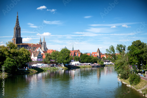 Poster Paris River Danube and Ulm skyline with Ulmer Munster