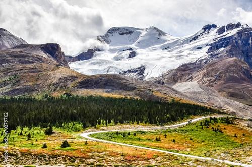 Valokuva  Landscape view of Columbia glacier in Jasper NP, Canada