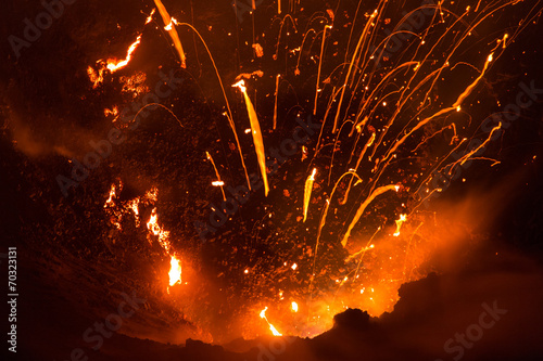 Photo sur Toile Volcan Volcano Yasur Eruption