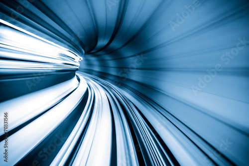 Fotografía  Abstract train moving in tunnel