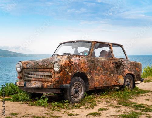 Fotografija  alter rostiger trabant, trabbi, ddr oldtimer