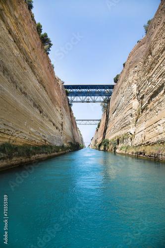 Fotografie, Obraz Wasserweg durch den Kanal von Korinth in Griechenland