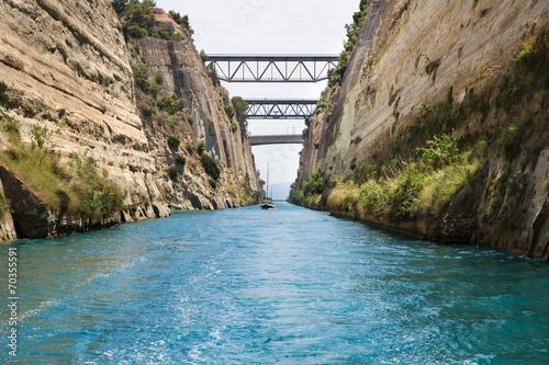 Fotografie, Obraz Durchfahrt durch die Meerenge am Kanal von Korinth