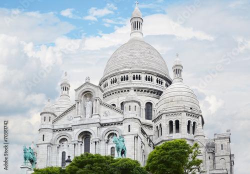 Sacre Coeur Basilica in Paris Wallpaper Mural