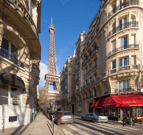 Poster Paris Paris Straßenszene mit Eiffelturm