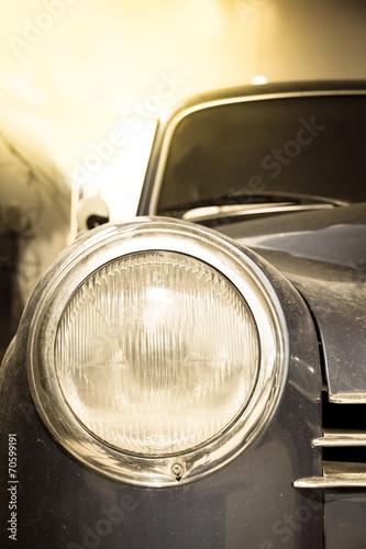 reflektor-retro-samochodu