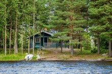 Cottage By The Lake In Rural F...