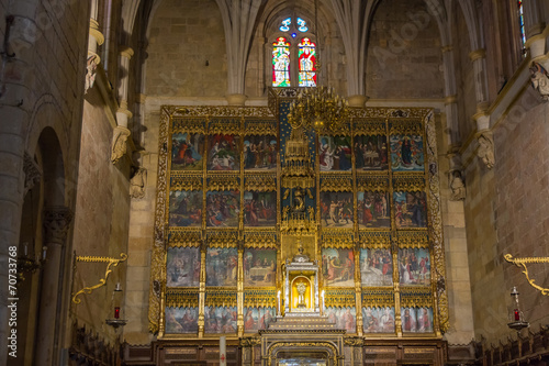 Fotografie, Obraz  Retablo en el Interior de la Basilica de San Isidoro en España