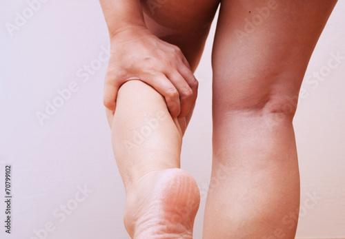 Photo 脚の浮腫みのイメージ
