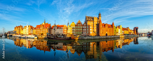 Staande foto Schip The riverside with promenade of Gdansk, Poland.