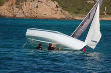 Capovolgersi Con La Barca 1