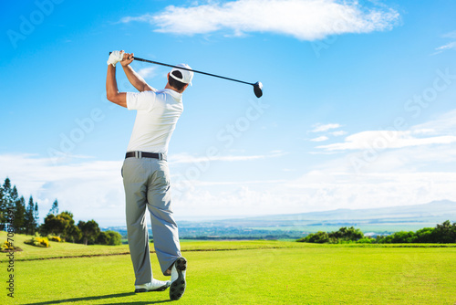 Fotografia, Obraz  Man Playing Golf