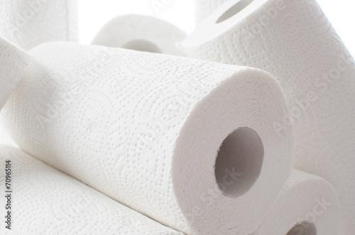Fotografía  Composition with paper towel rolls