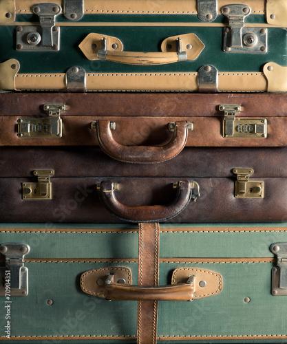 Foto op Plexiglas Retro Colorful vintage suitcases
