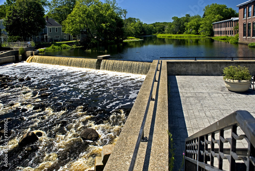 Photo  Dam on Ipswich river in the scenic town of Ipswich, MA