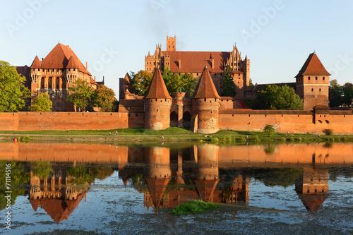 fototapeta na drzwi i meble Zamek w Malborku, średniowieczna twierdza krzyżacki.