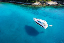 Boat, Clear Water - Caribbean ...
