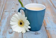 Blauwe Koffiekop Met Witte Ger...