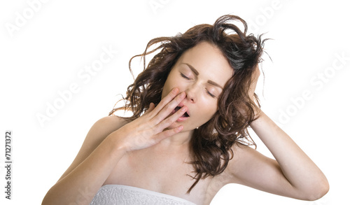 Photo  Exhausted or bored woman in yawn