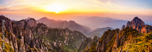 Autocollant pour porte Chine Huangshan Mountains in China