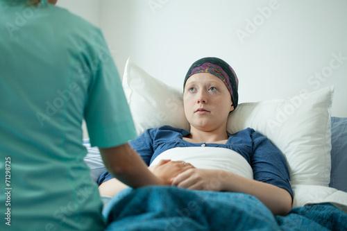 Ill with cancer girl Billede på lærred