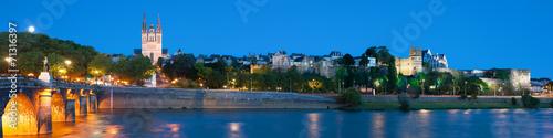 Photo Panorama of Angers at night