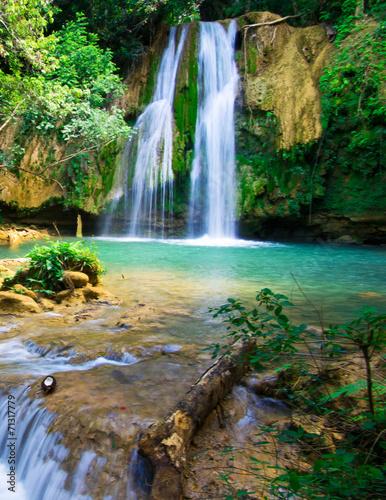 waterfall - 71317779