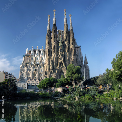 Papiers peints Barcelona view of Sagrada Familia cathedral in Barcelona in Spain
