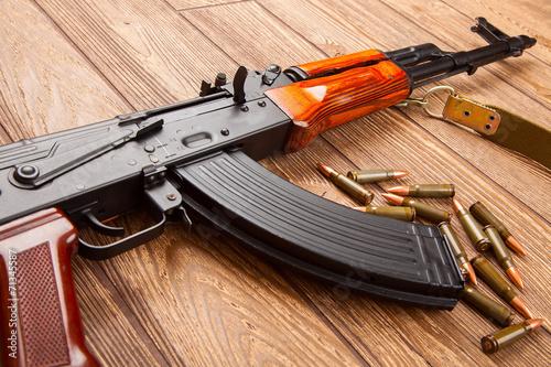 Poster Chasse Kalashnikov assault rifles with ammunition