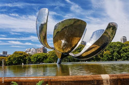 Keuken foto achterwand Buenos Aires Floralis Generica sculpture