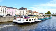 Peniche Sur L'Escaut à Tournai ( Belgique )