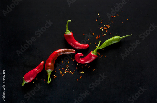 Staande foto Hot chili peppers Chili peppers on a black background