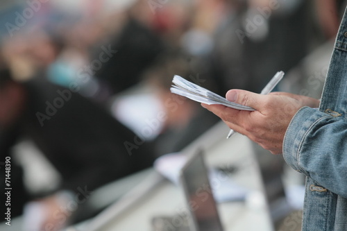 Fotografiet  writing notebook reporter
