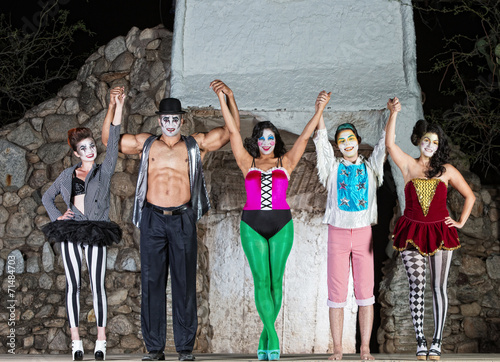 Fotografia, Obraz  Happy Cirque Clowns on Stage