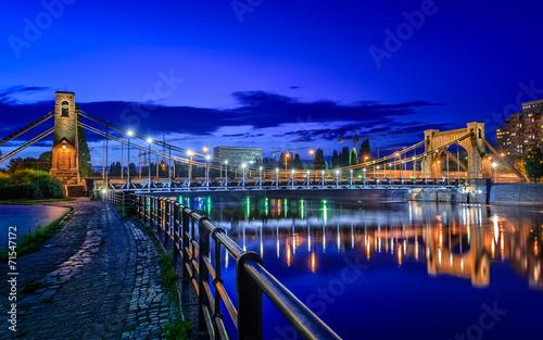 fototapeta na szkło Wrocław nocą (Most Grunwaldzki)