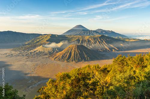 Foto op Aluminium Indonesië Beautiful sunrise at Bromo mountain