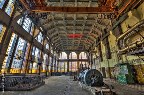 Papiers peints Les vieux bâtiments abandonnés Old style power. HDR-high dynamic range