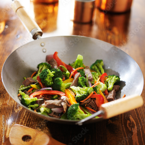 chinese wok with beef and vegetable stir fry Wallpaper Mural