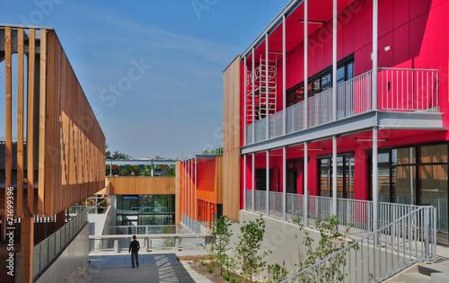 Foto op Canvas Industrial geb. modern school in Ile de France