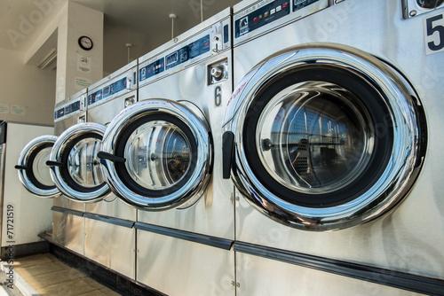 Fotografie, Obraz  line of laundry machine