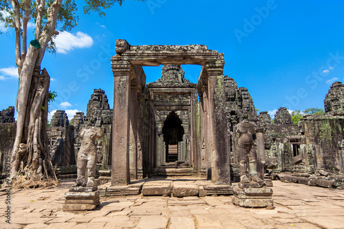 Poster Algerije The ancient ruins of a historic Khmer temple in the temple compl
