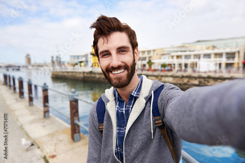 Fotografía smiling selfie tourist