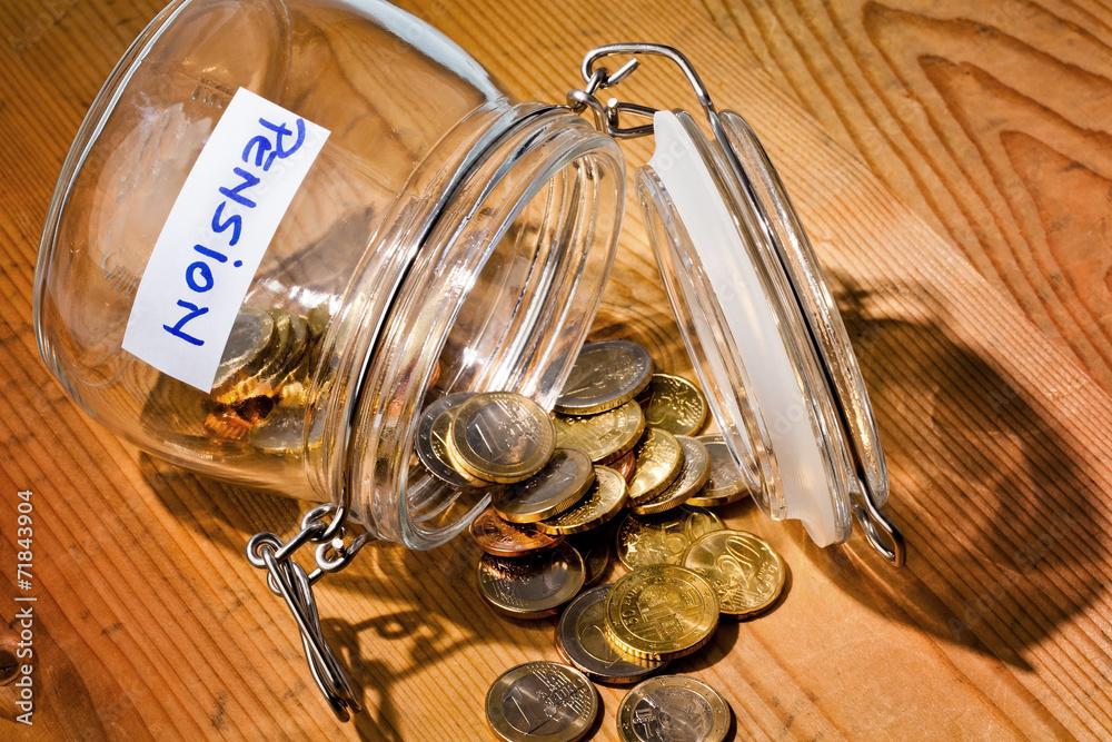 Photo & Art Print Glas mit Münzen. Aufschrift Rente / Pension ...
