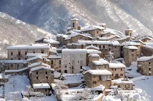 SCANNO, Abruzzo, Italy - panorama invernale 4 Wallpaper Mural