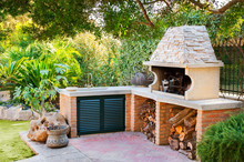 External Wood Oven With Burnin...