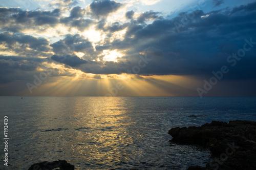 Spoed Foto op Canvas Zee zonsondergang Stormy weather
