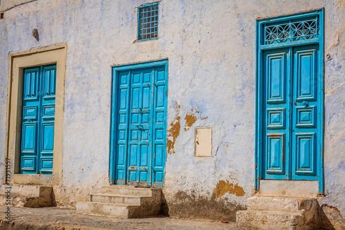 Poster Tunesië Decorative door in Kairouan, Tunisia