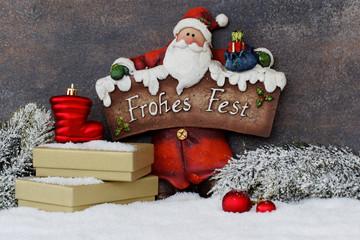 Nikolaus mit Weihnachtsgeschenken