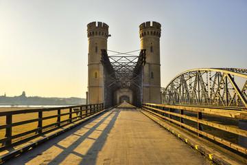 Most kratowy, zabytkowy most drogowy, Tczew, Polska